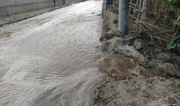 ঘূর্ণিঝড় ইয়াসের প্রভাবে বাগেরহাটের নদী-খালের পানি বেড়েছে