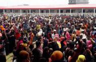 জাতিসংঘের কর্মকর্তাদের সামনে ভাসানচরে রোহিঙ্গাদের বিক্ষোভ