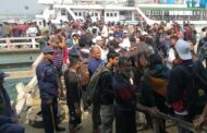 বৈরী আবহাওয়ায় সেন্টমার্টিনে আটকে পড়েছেন ৩০০ পর্যটক