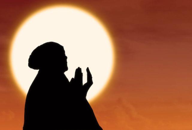 আল্লাহ তা'আলা অবিবাহিত দাসদাসীকে বিয়ে করিয়ে দিতে বলেছেন