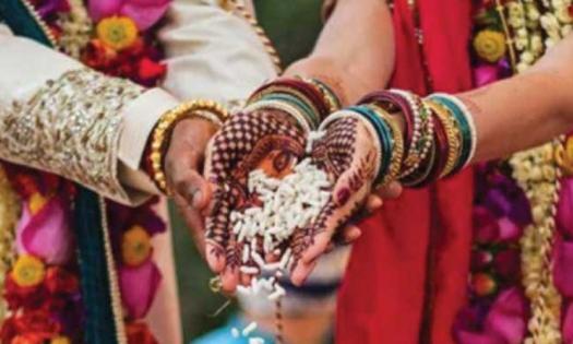 বিয়ের পাঁচদিনের মাথায় বরকে অচেতন করে '১০ ভরি' স্বর্ণ নিয়ে চাচার সঙ্গে পালালেন নববধূ